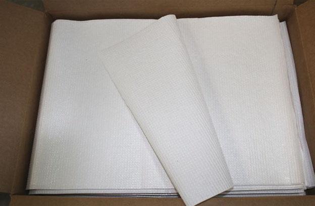 Những tờ khăn giấy lau tay của TGG.